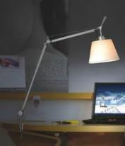 Настольный светильник 688J